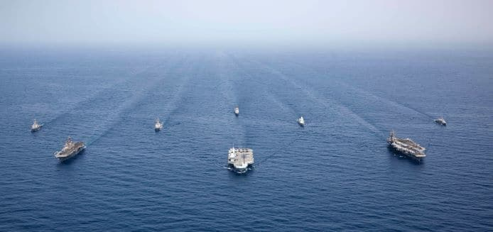 210712 n rf825 1141 - naval post