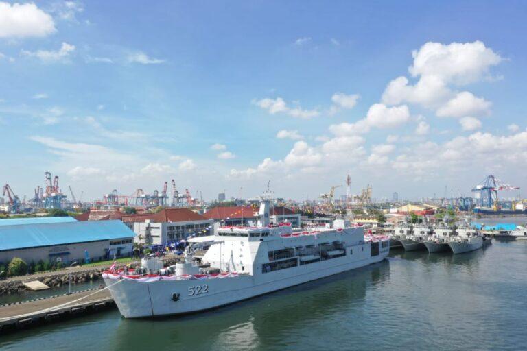Indonesian Navy commissions KRI Teluk Youtefa 522