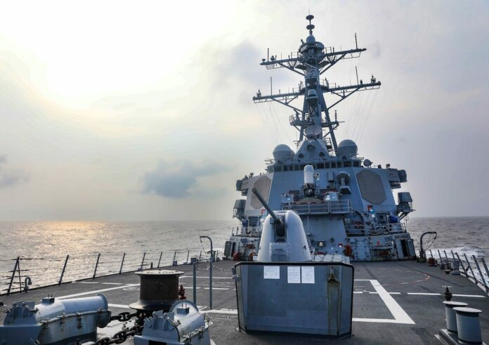 The Arleigh Burke-class guided missile destroyer USS Benfold (DDG 65) conducted a routine Taiwan Strait transit July 28 (local time) through international waters (US Navy Photo)