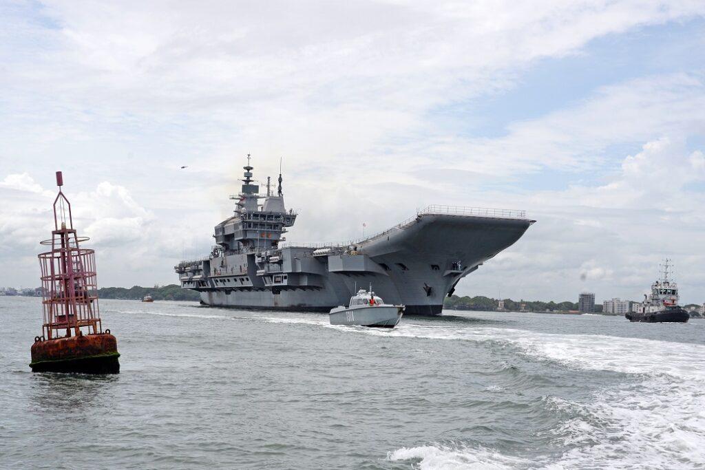 pix1ziz0 - naval post- naval news and information
