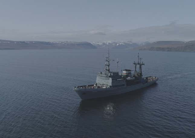 russian rescue tug altai - naval post- naval news and information