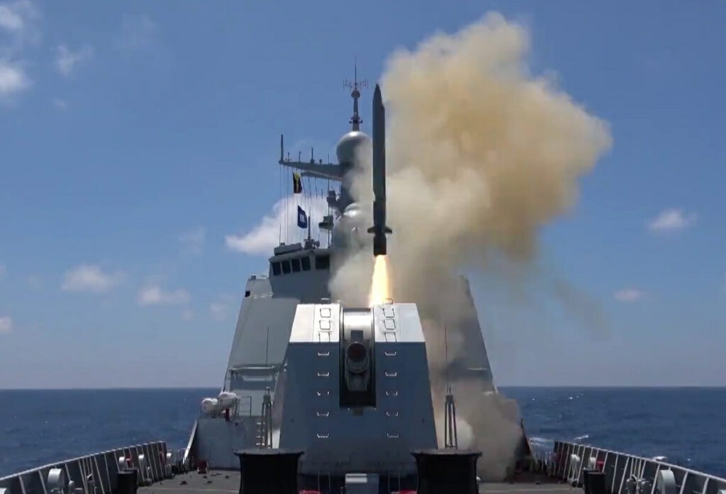 yj-18 fired from type 052d destroyer. photo: sina news