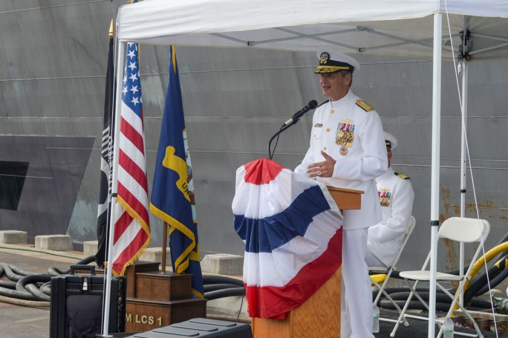 lcs 1 uss freedom decommission 3 - naval post- naval news and information