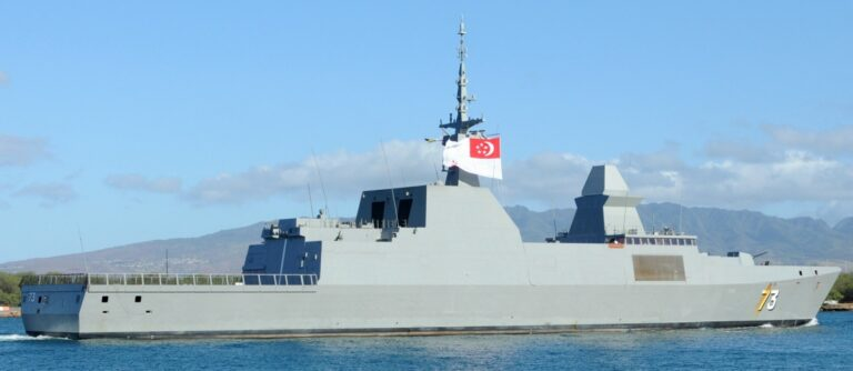 Chinese and Singaporean Navies Conduct Joint Exercise in the South China Sea