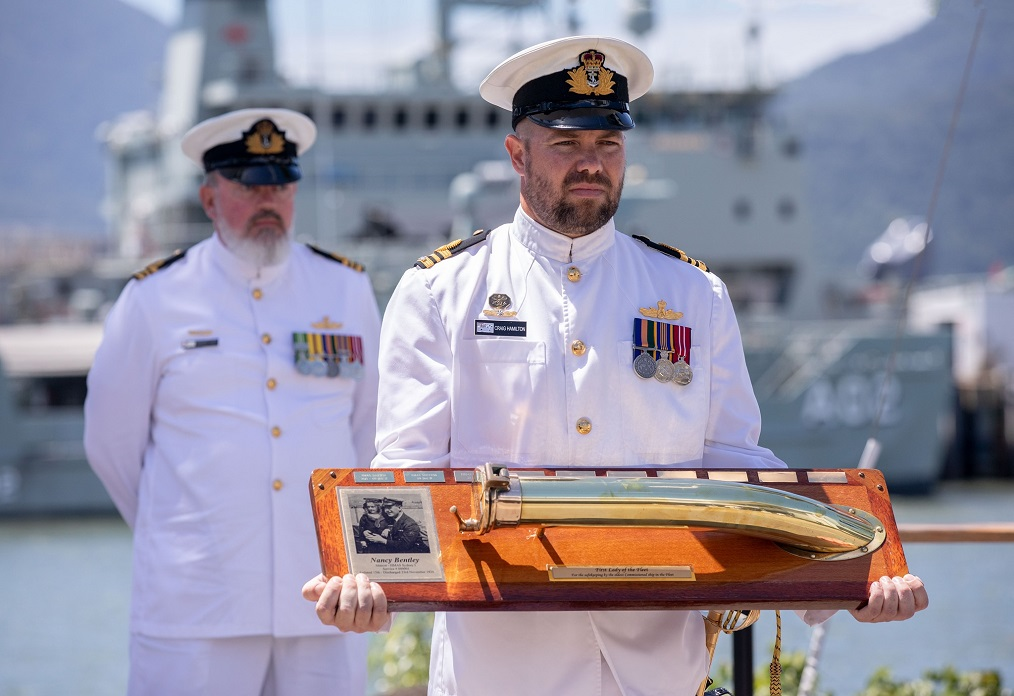 australian navy farewells 2 - naval post- naval news and information