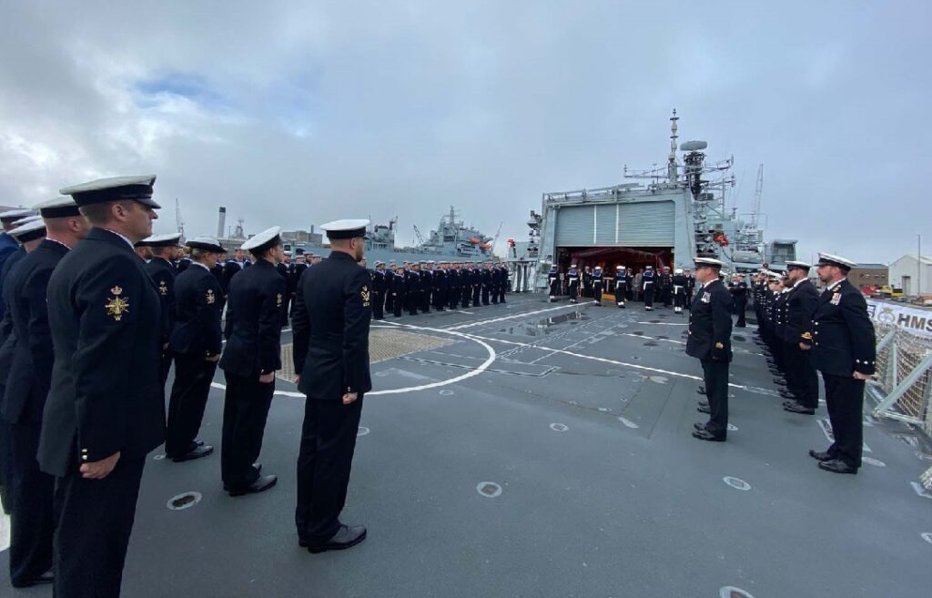 hms portland 2 - naval post- naval news and information