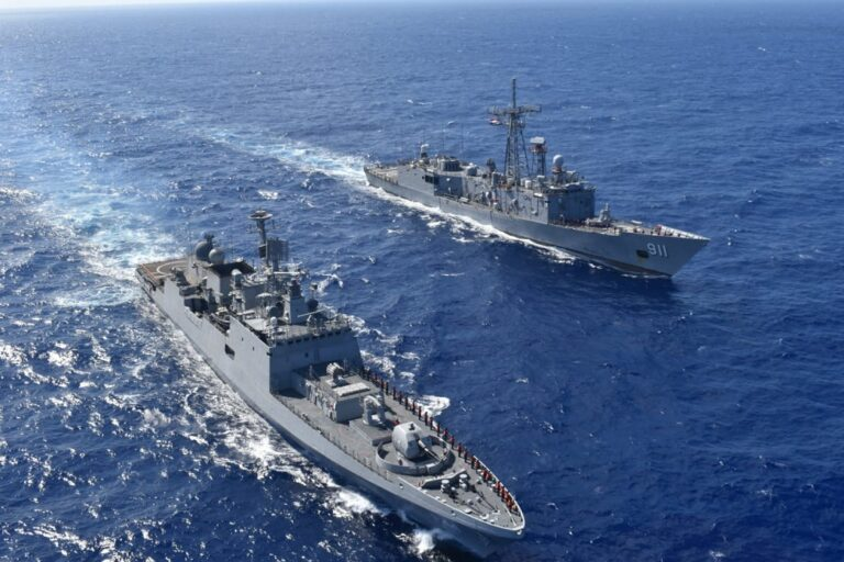 Indian frigate Tabar holds maritime drills with Egyptian Navy