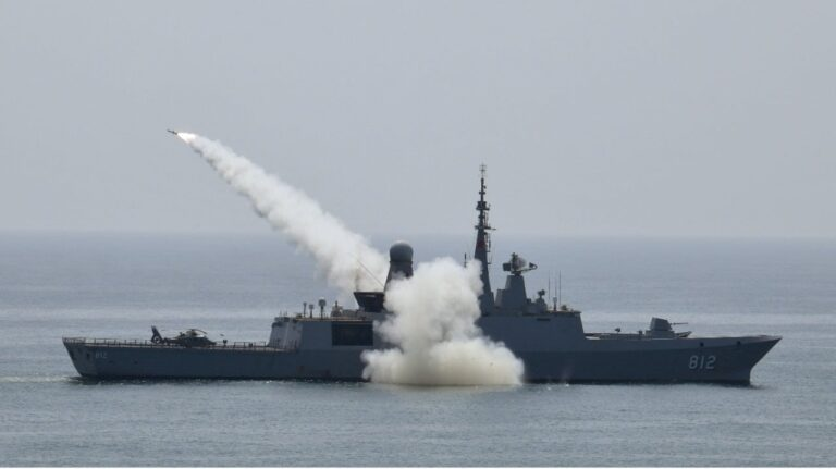 Pakistan and Saudi Navies carries out live firing in the North Arabian Sea